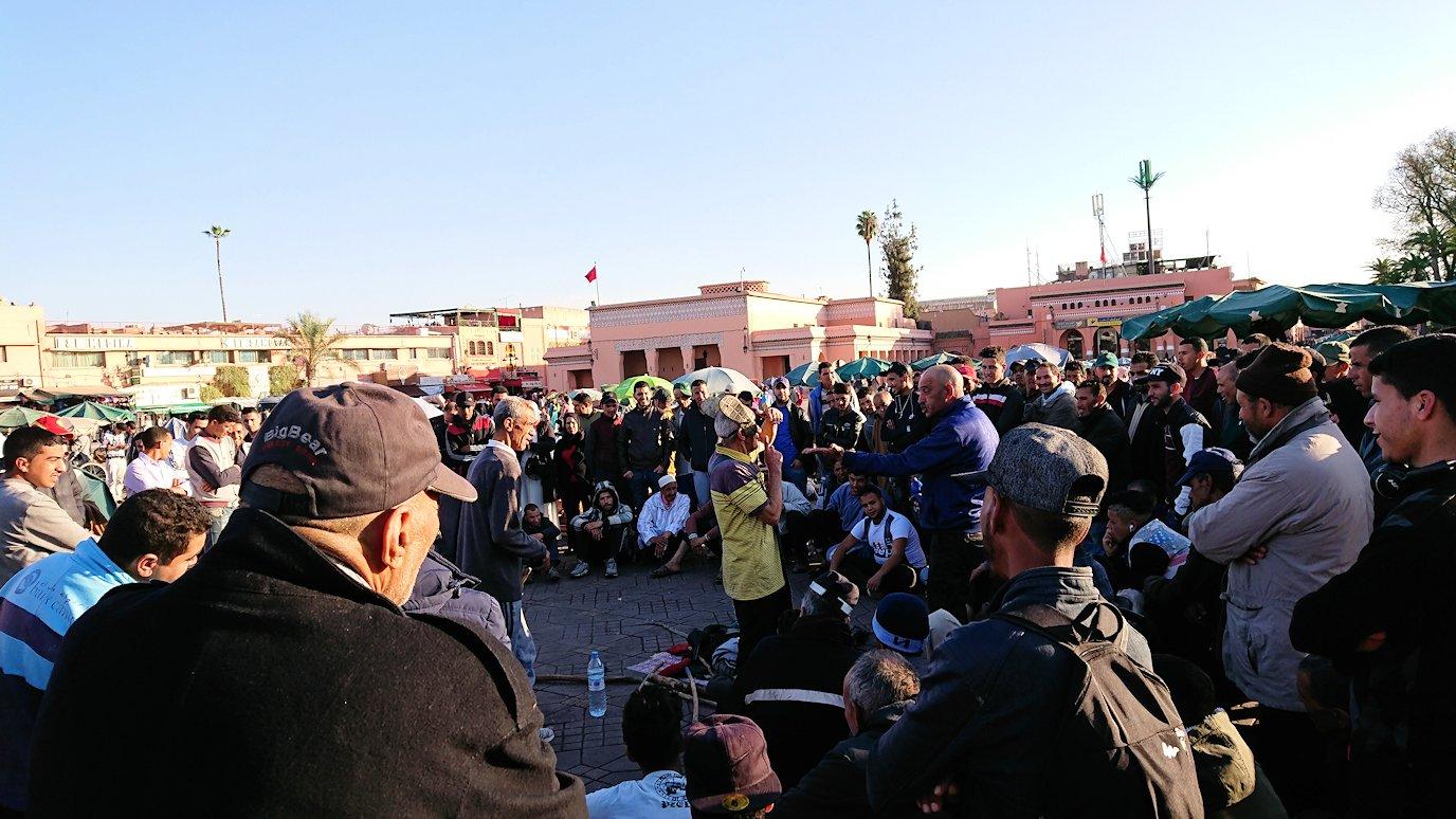 モロッコ・マラケシュでジャマ・エル・フナ広場でぐるぐると散歩2