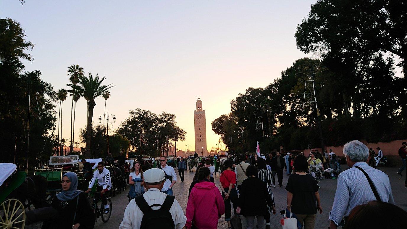 モロッコ・マラケシュでジャマ・エル・フナ広場でブラたもり?!6