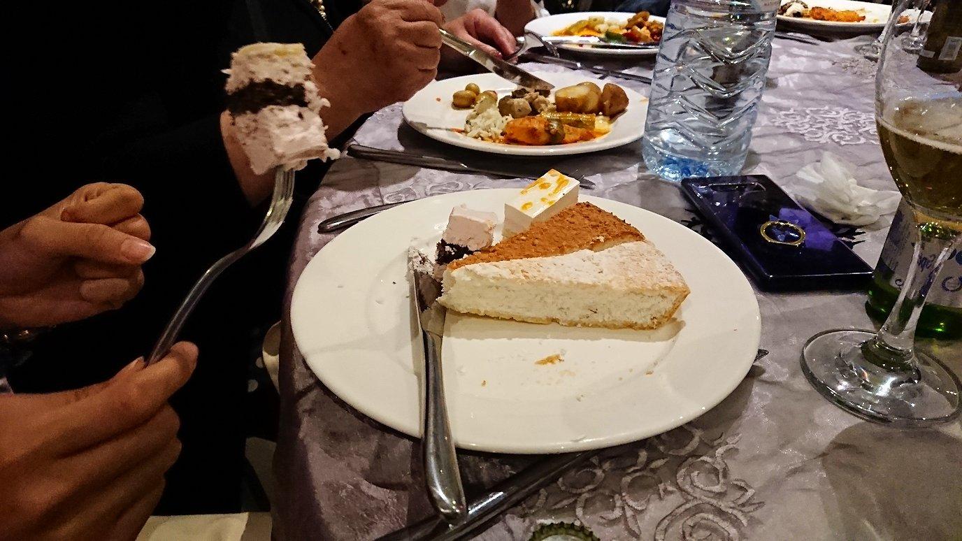 モロッコ・マラケシュでジャマ・エル・フナ広場からホテルに戻り最後の夜を楽しむ2