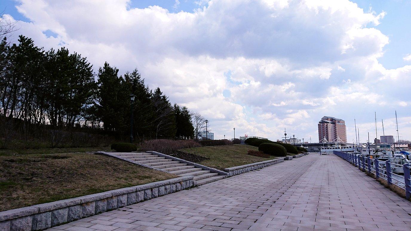 函館最終日は海沿いを歩いて緑の島に到着7