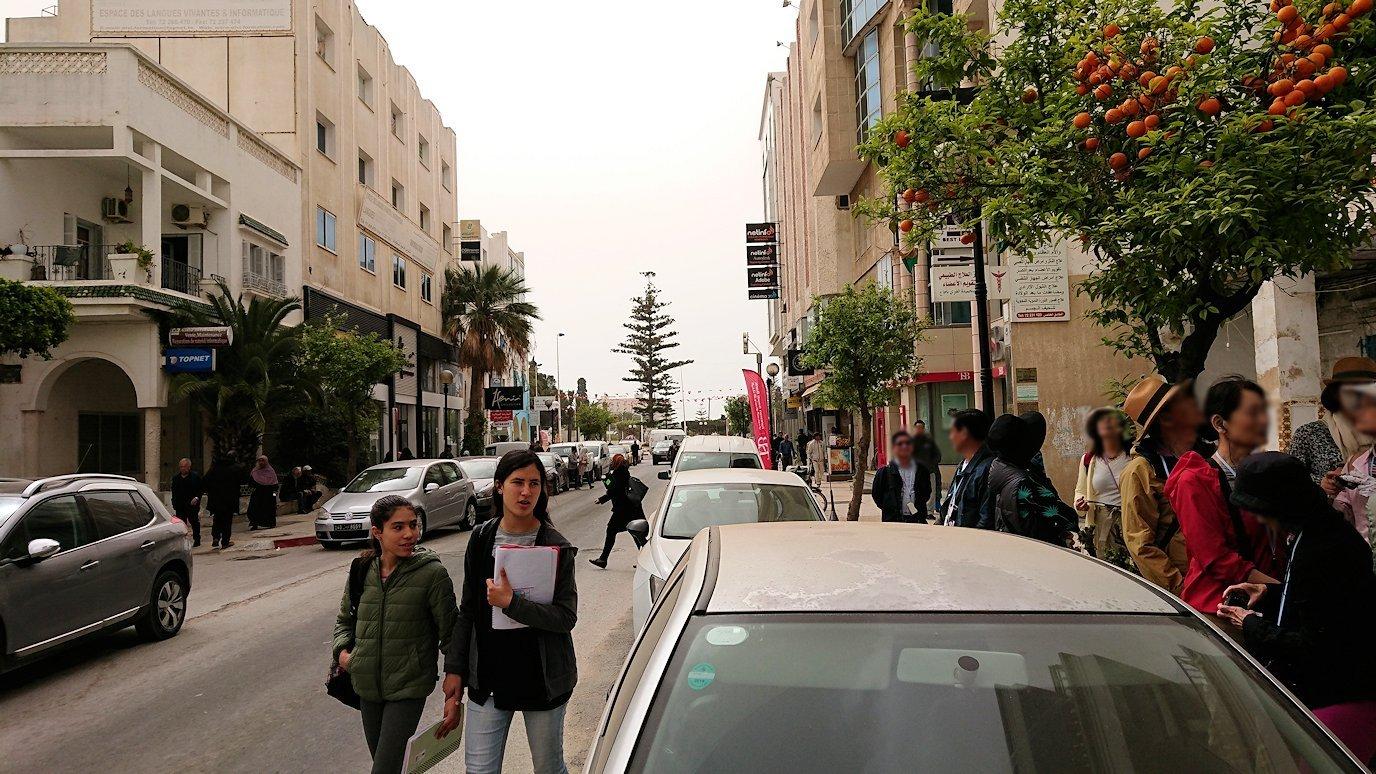 チュニジア:ナブールの街で旧市街地へ向かう1