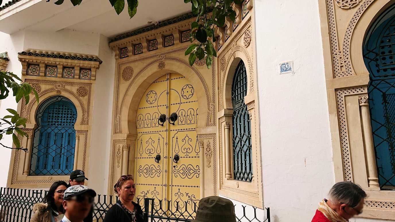 チュニジア:ナブールの街で旧市街地へ向かう3