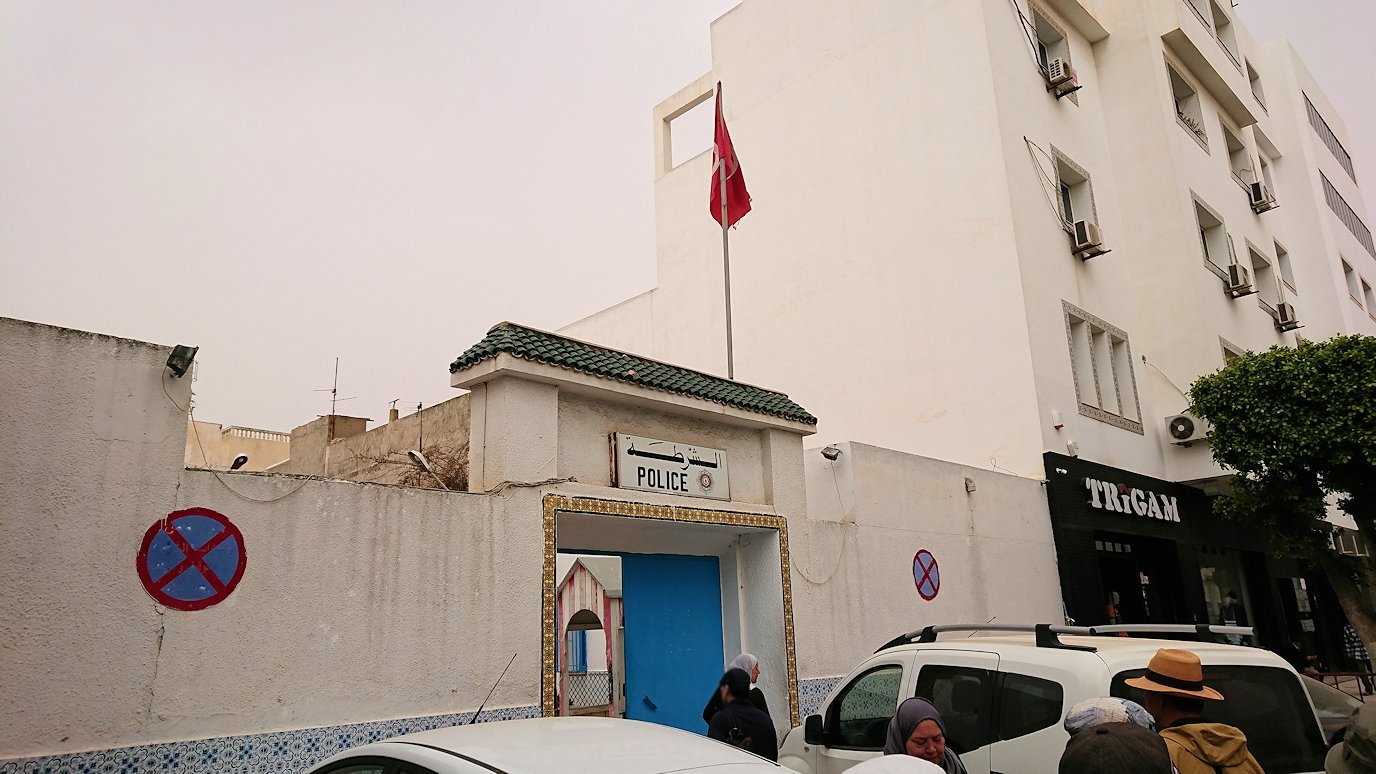チュニジア:ナブールの街で旧市街地へ向かう9