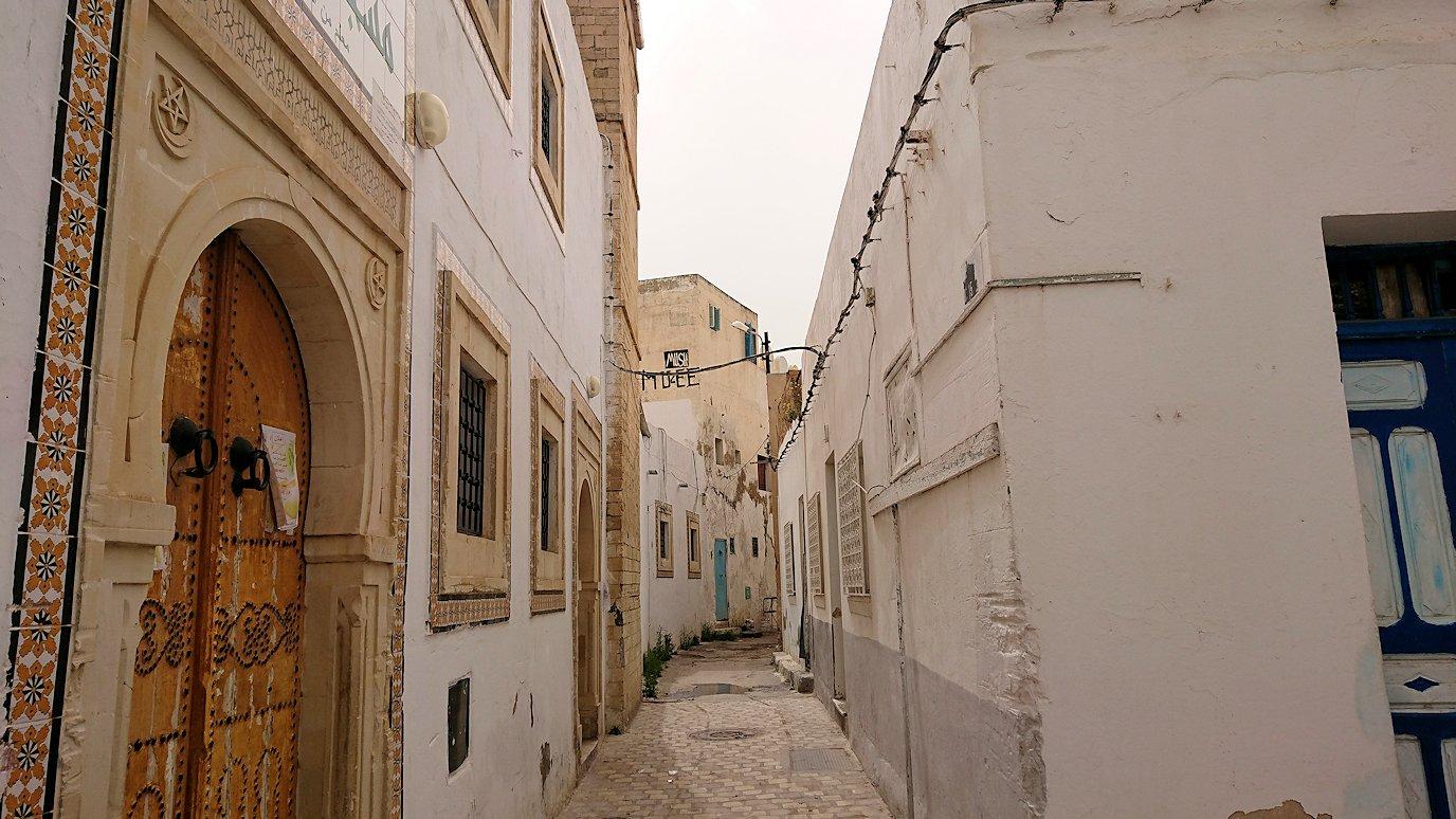 チュニジア:ナブールの街で旧市街地を散策7