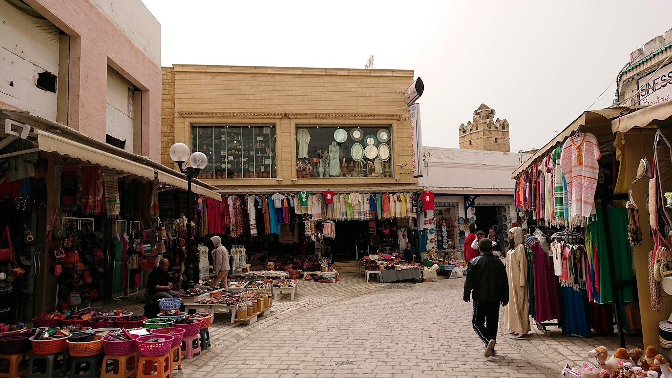 チュニジア:ナブールの街で旧市街地を引き返す3