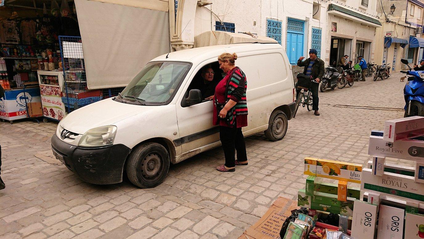 チュニジア:ナブールの街で旧市街地を引き返す5