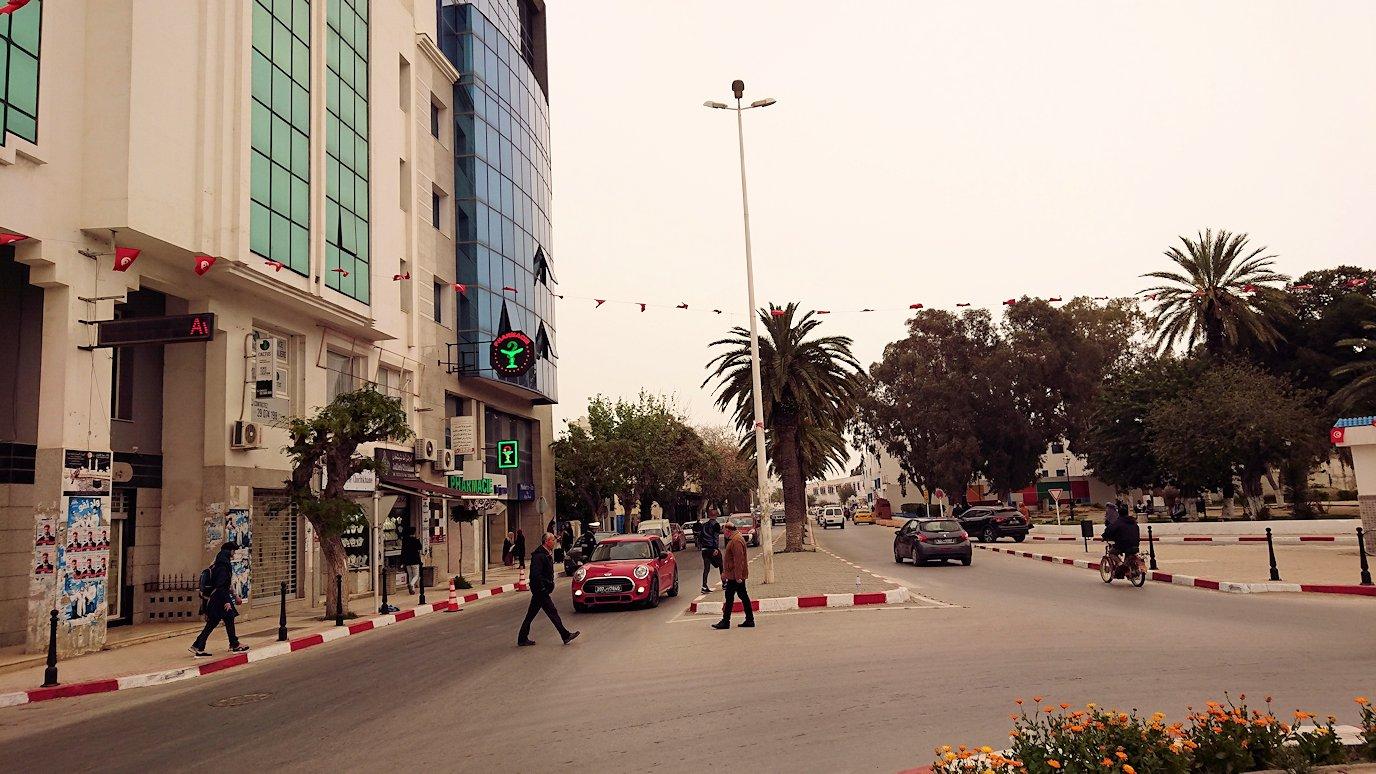 チュニジア:ナブールの街での観光は終了1