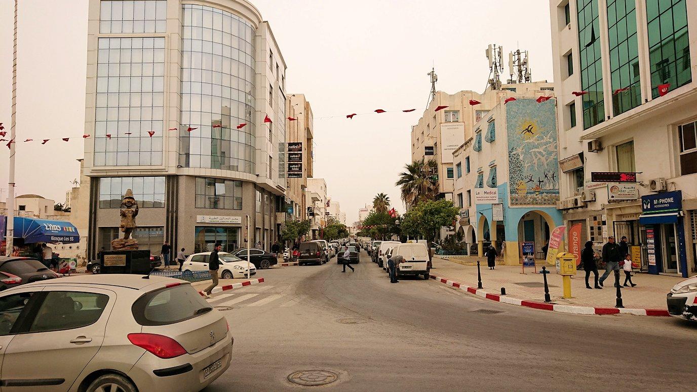チュニジア:ナブールの街での観光は終了2