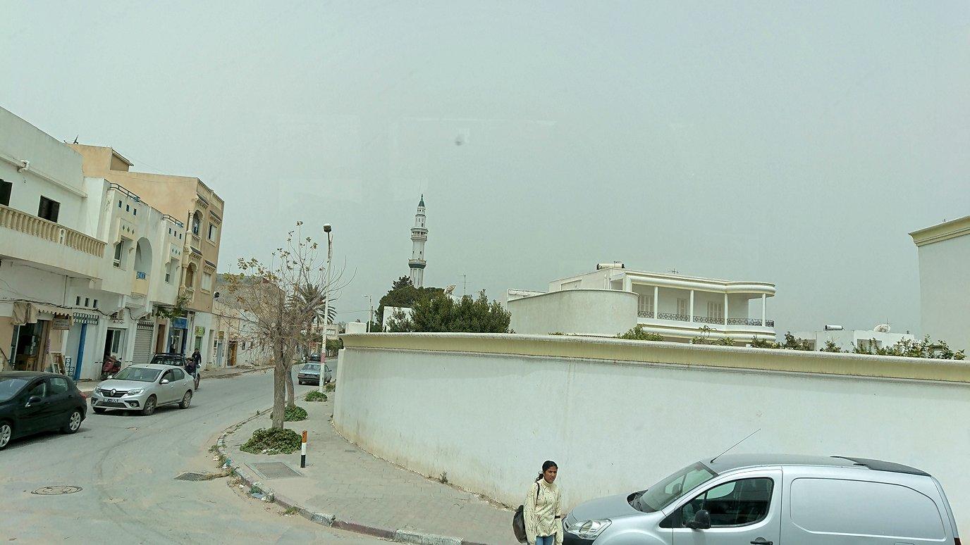チュニジア:ナブールからケリビアに向かう道中の景色2
