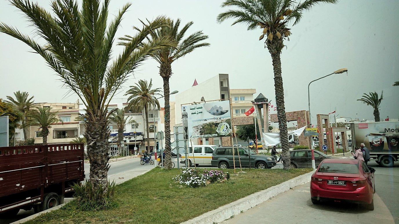 チュニジア:ナブールからケリビアに向かう道中の景色3