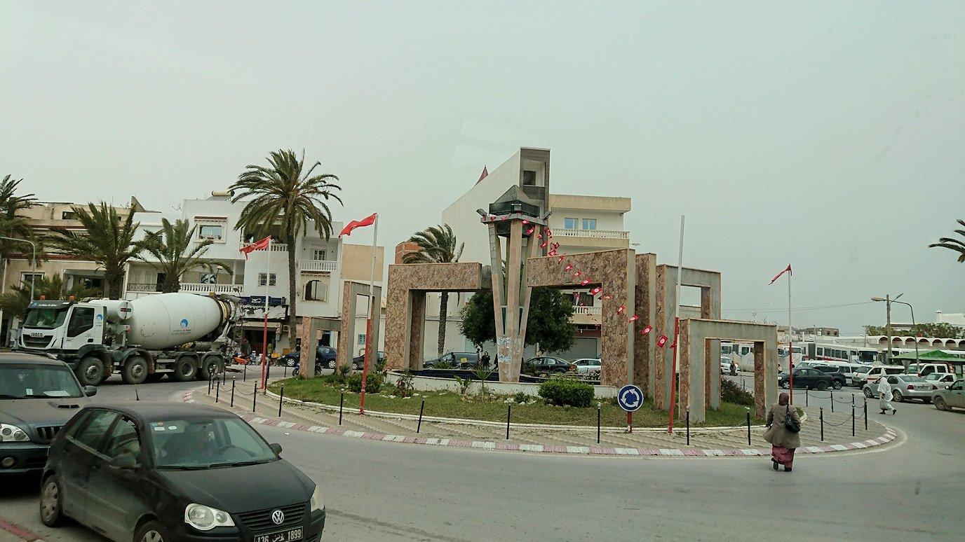 チュニジア:ナブールからケリビアに向かう道中の景色4