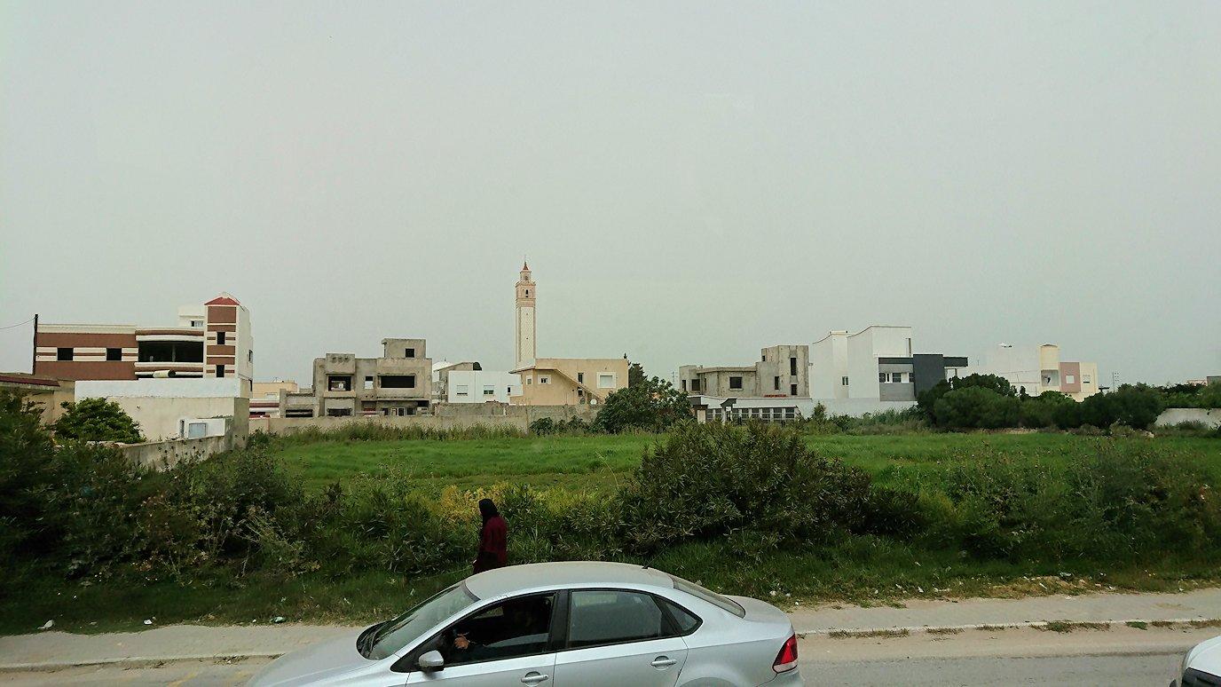 チュニジア:ナブールからケリビアに向かう道中の景色6