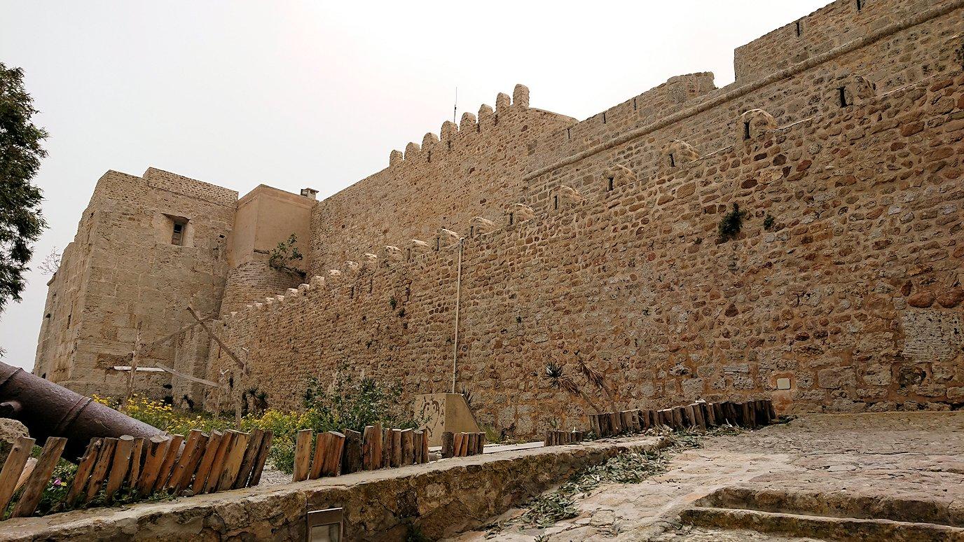 チュニジア:ケリビアの城塞跡に到着3