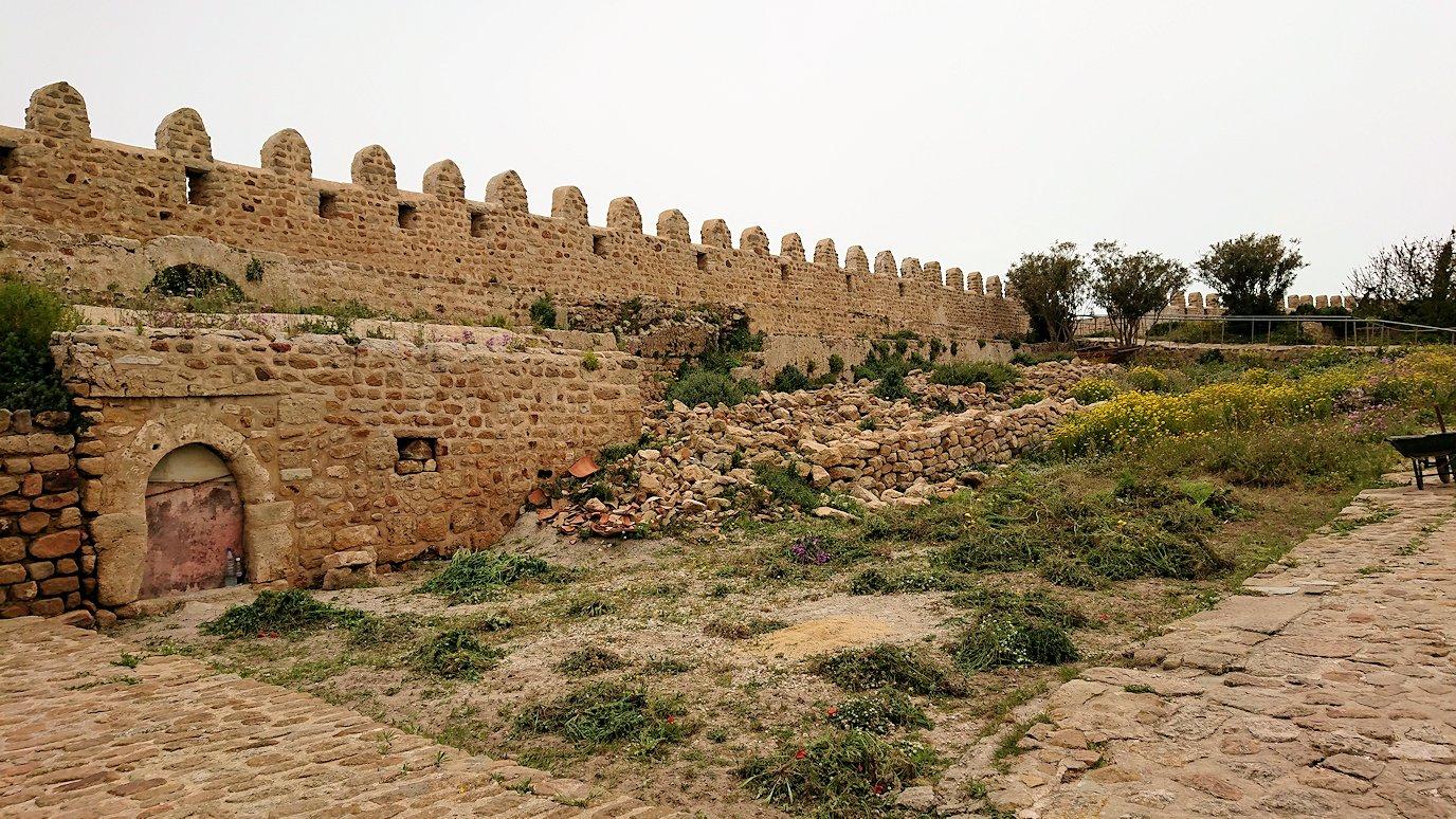 チュニジア:ケリビアの城塞跡の様子は3