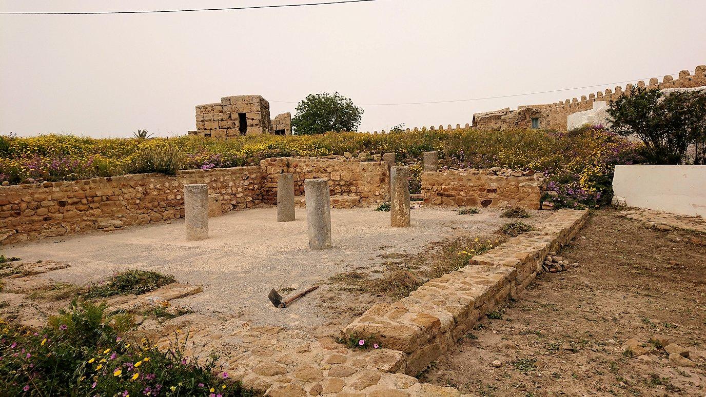 チュニジア:ケリビアの城塞跡の様子は5