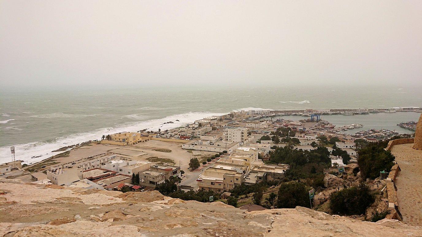チュニジア:ケリビアの城塞付近からの眺め1