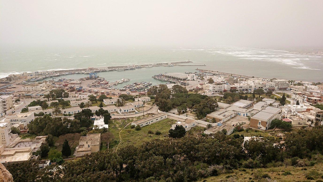 チュニジア:ケリビアの城塞内を散策1