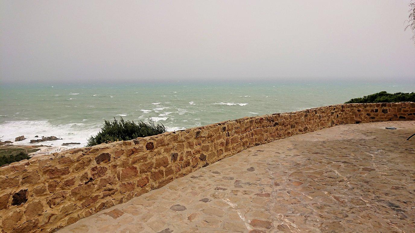 チュニジア:ケリビアの城塞の観光も終了し次に移動します1