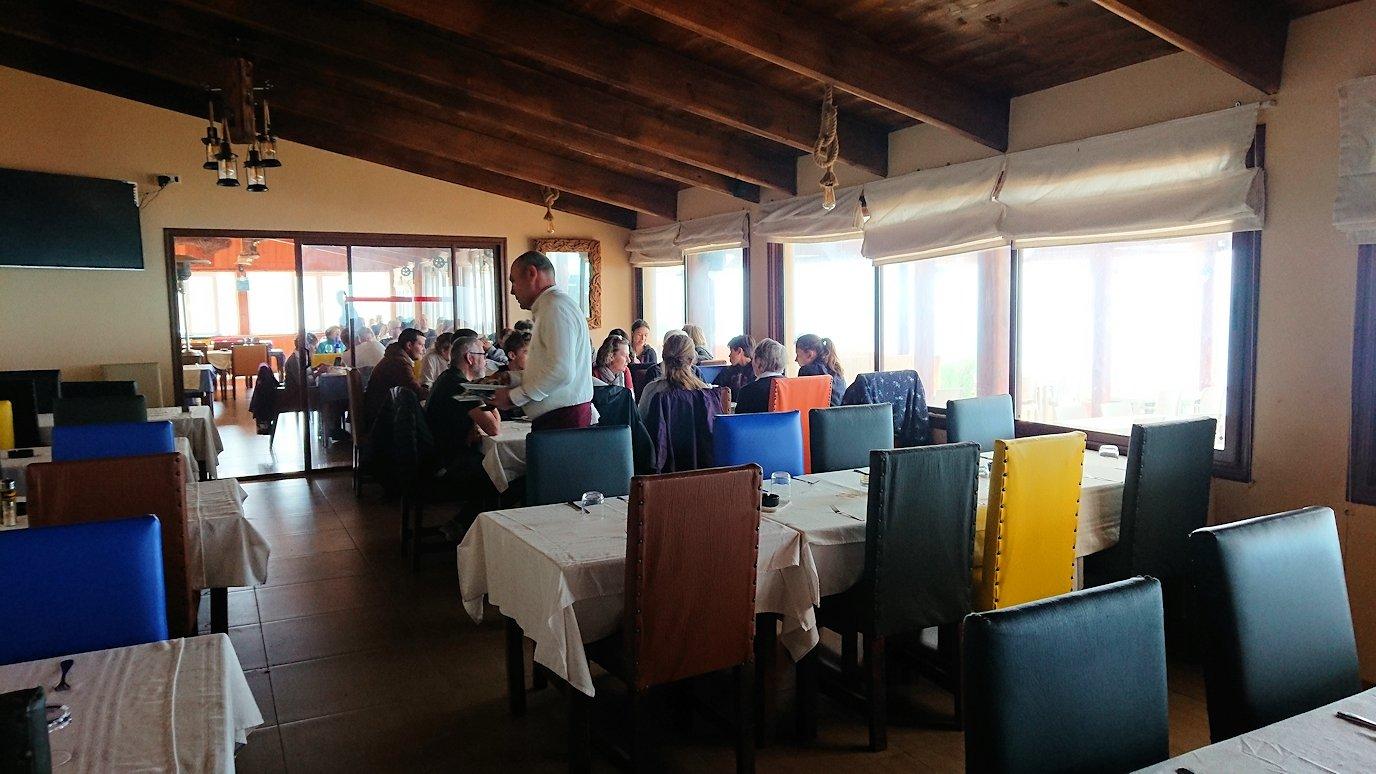 チュニジア:ボン岬のレストランに向かう9