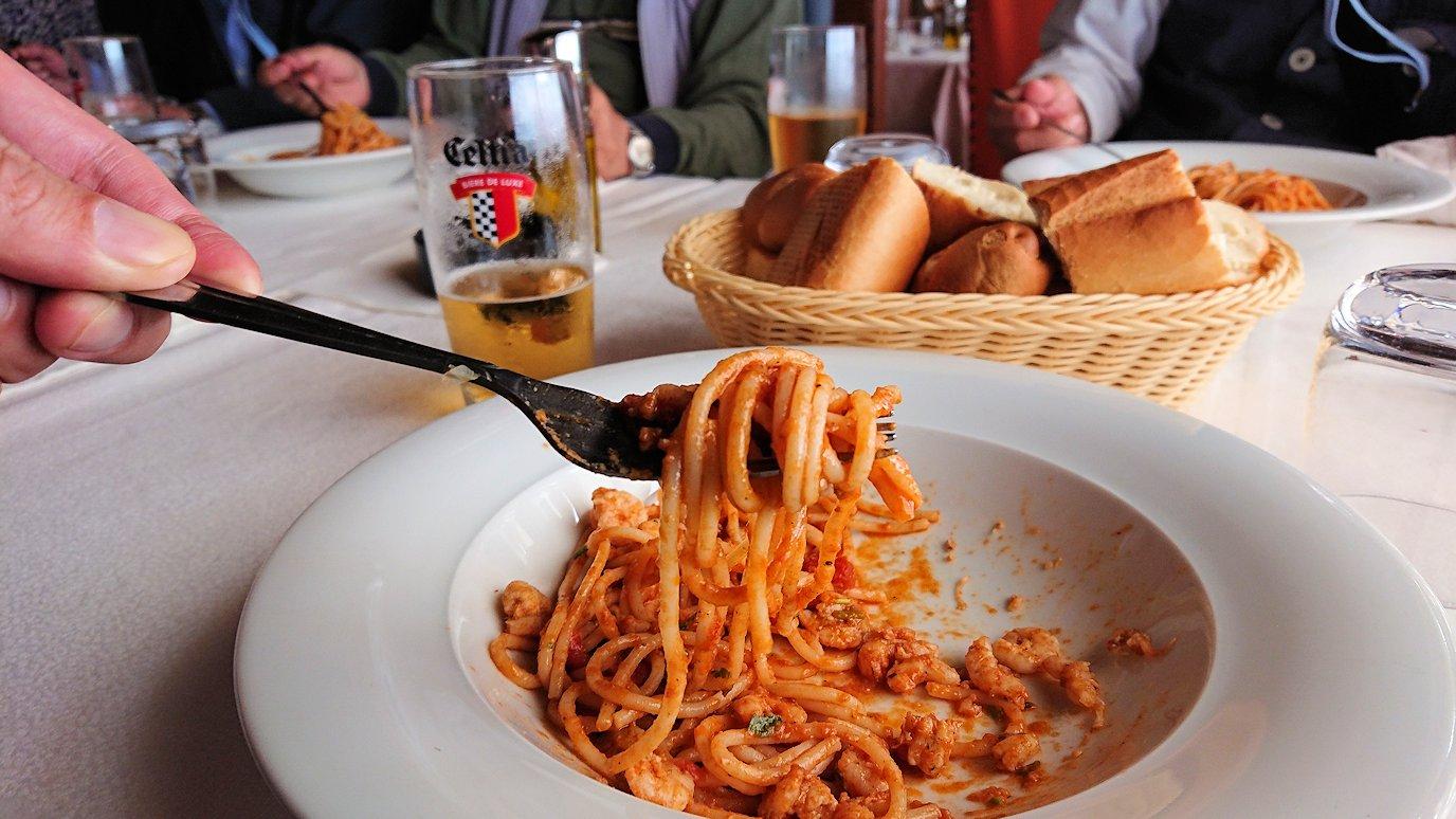 チュニジア:ボン岬のレストランで美味しく昼食を食べる3