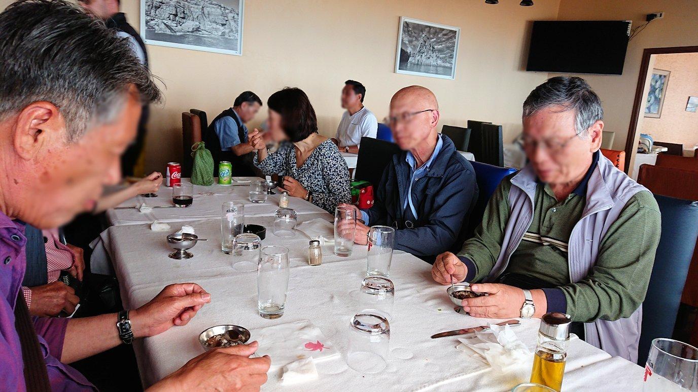 チュニジア:ボン岬のレストランで美味しく昼食を食べる5