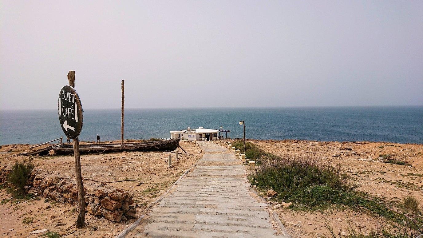 チュニジア:ボン岬のレストランで美味しく昼食を食べる9