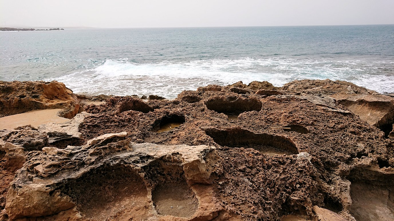 チュニジア:ボン岬から海を見下ろす6