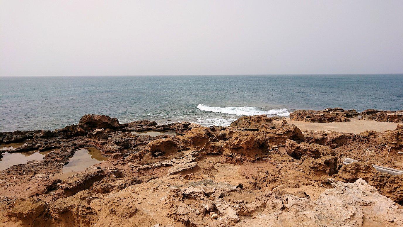 チュニジア:ボン岬から海を見下ろす8