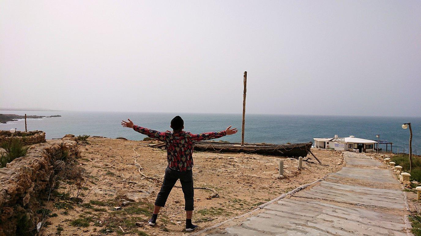 チュニジア:ボン岬から海を見下ろす2