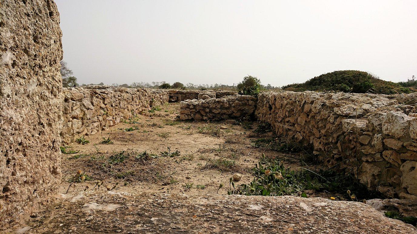 チュニジア:のケルクアン遺跡内の風呂跡を見てみる8