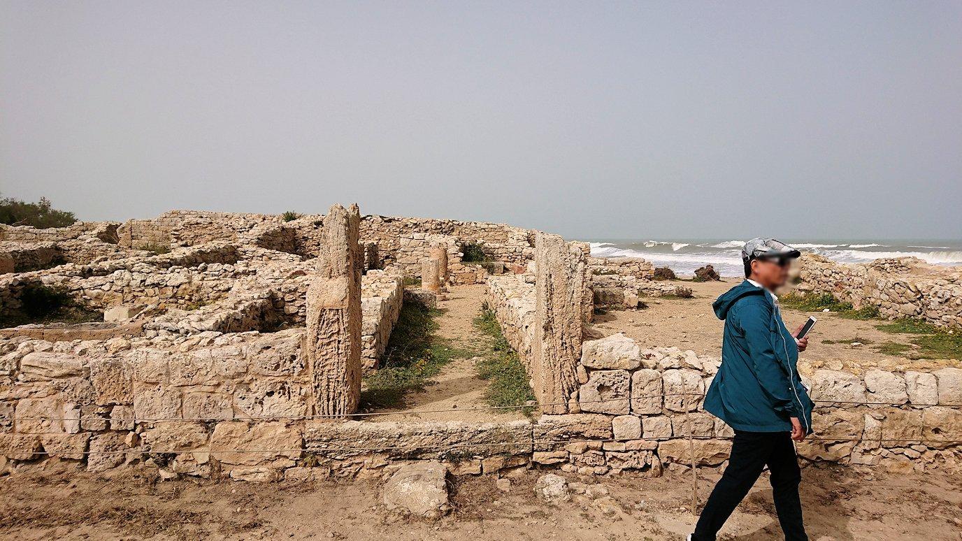 チュニジア:のケルクアン遺跡内の風呂跡を見てみる9