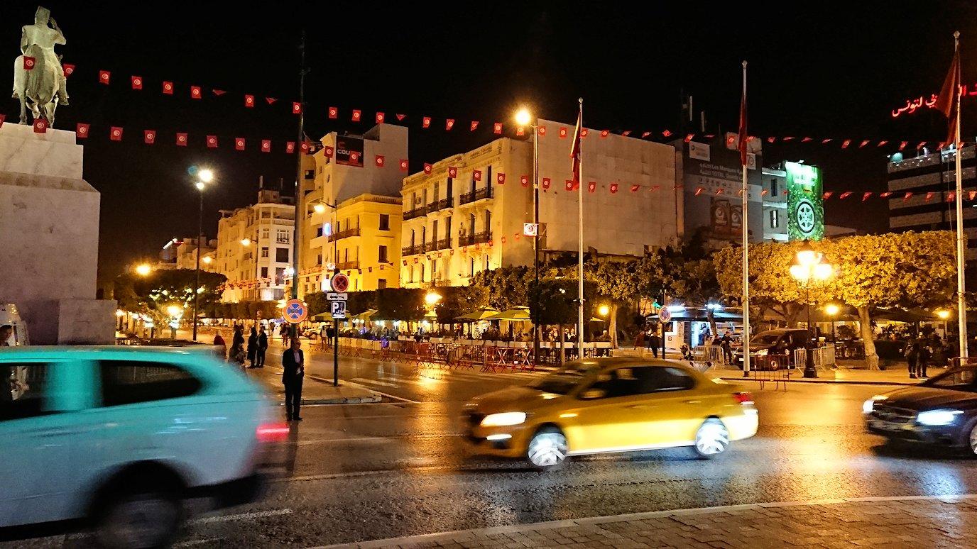 チュニジアのチュニスにあるエルムラディ・アフリカ・ホテルの夕食を食べて、その後夜の街を散策1