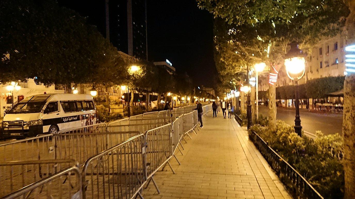 チュニジアのチュニスにあるエルムラディ・アフリカ・ホテルの夕食を食べて、その後夜の街を散策6