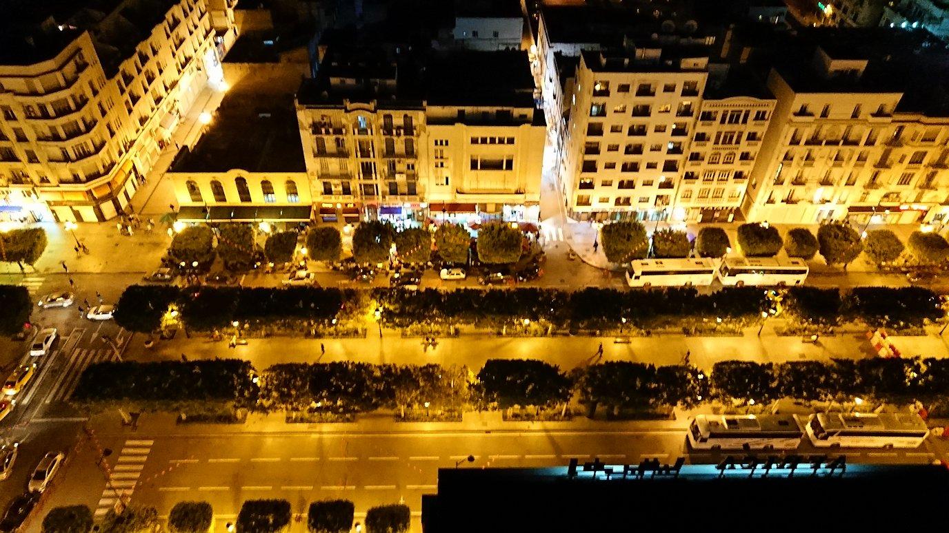 チュニジアのチュニスにあるエルムラディ・アフリカ・ホテルの夕食を食べて、その後夜の街を満喫4