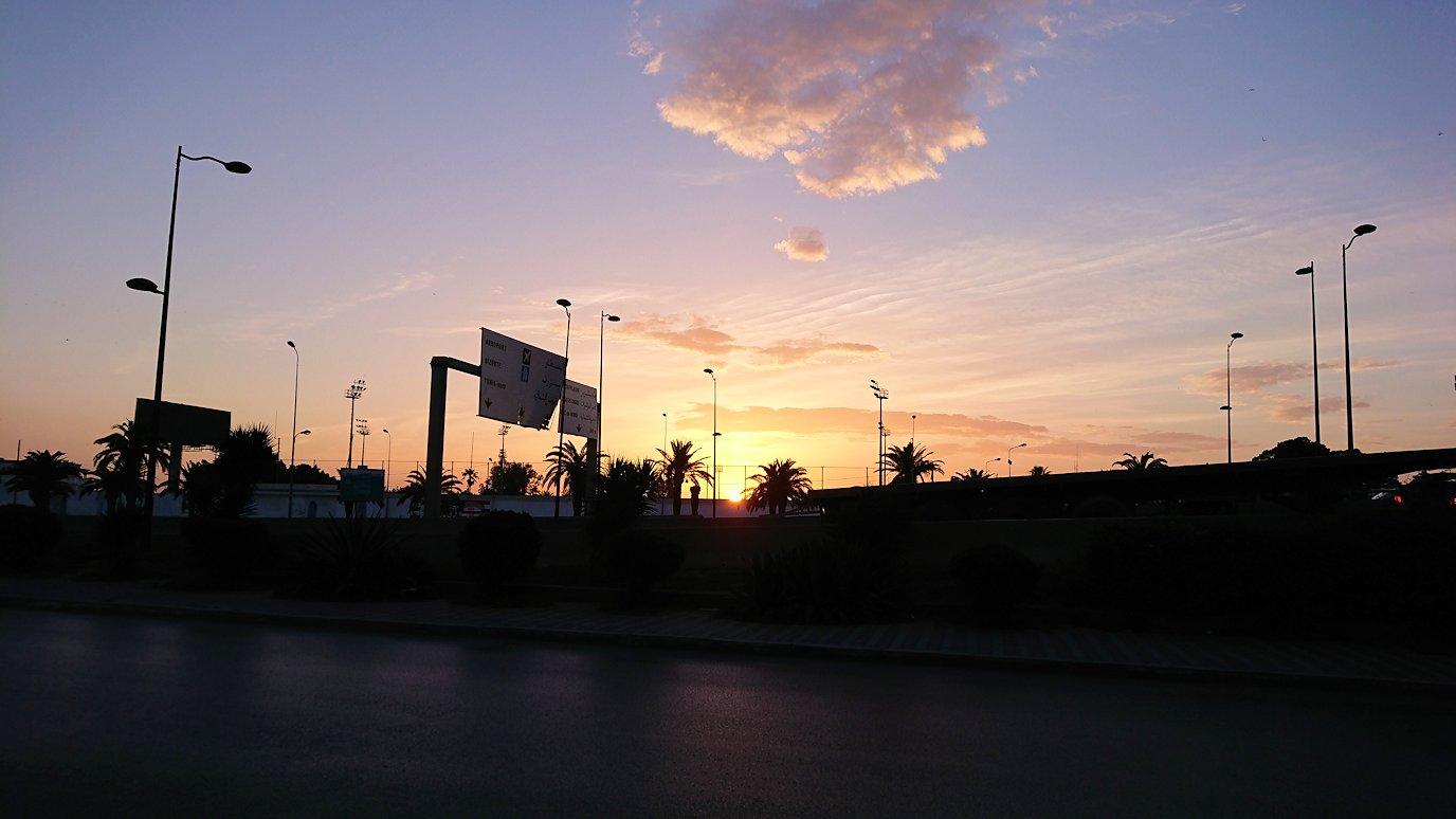 チュニジアのチュニスの朝の街を散策する6