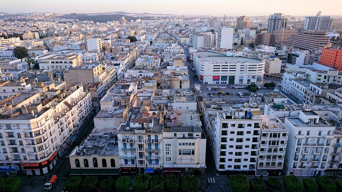 チュニジアのチュニスの朝の街を散策そホテルに戻る2