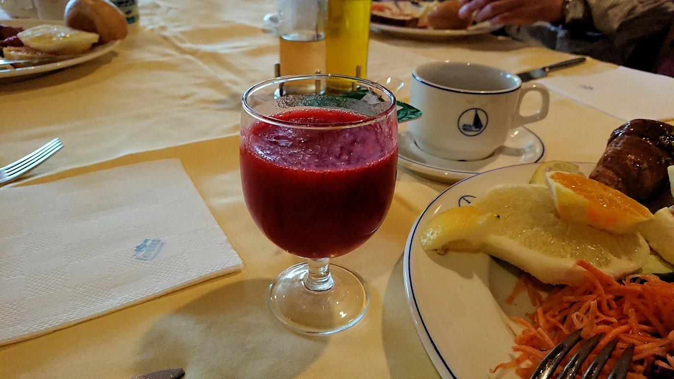 チュニジアのチュニスの朝の街を散策そホテルに戻り朝食を食べる6