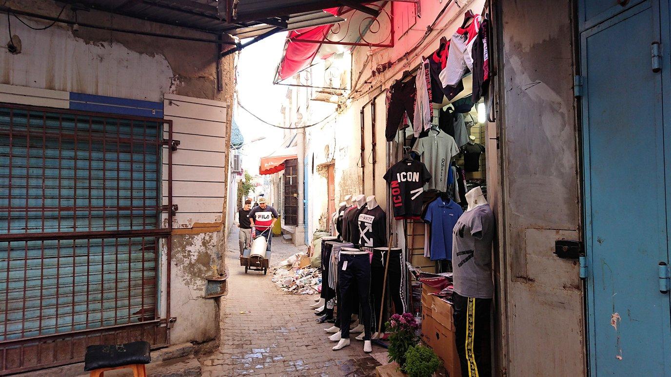 チュニジア:チュニスのメディナ自由時間に散策5