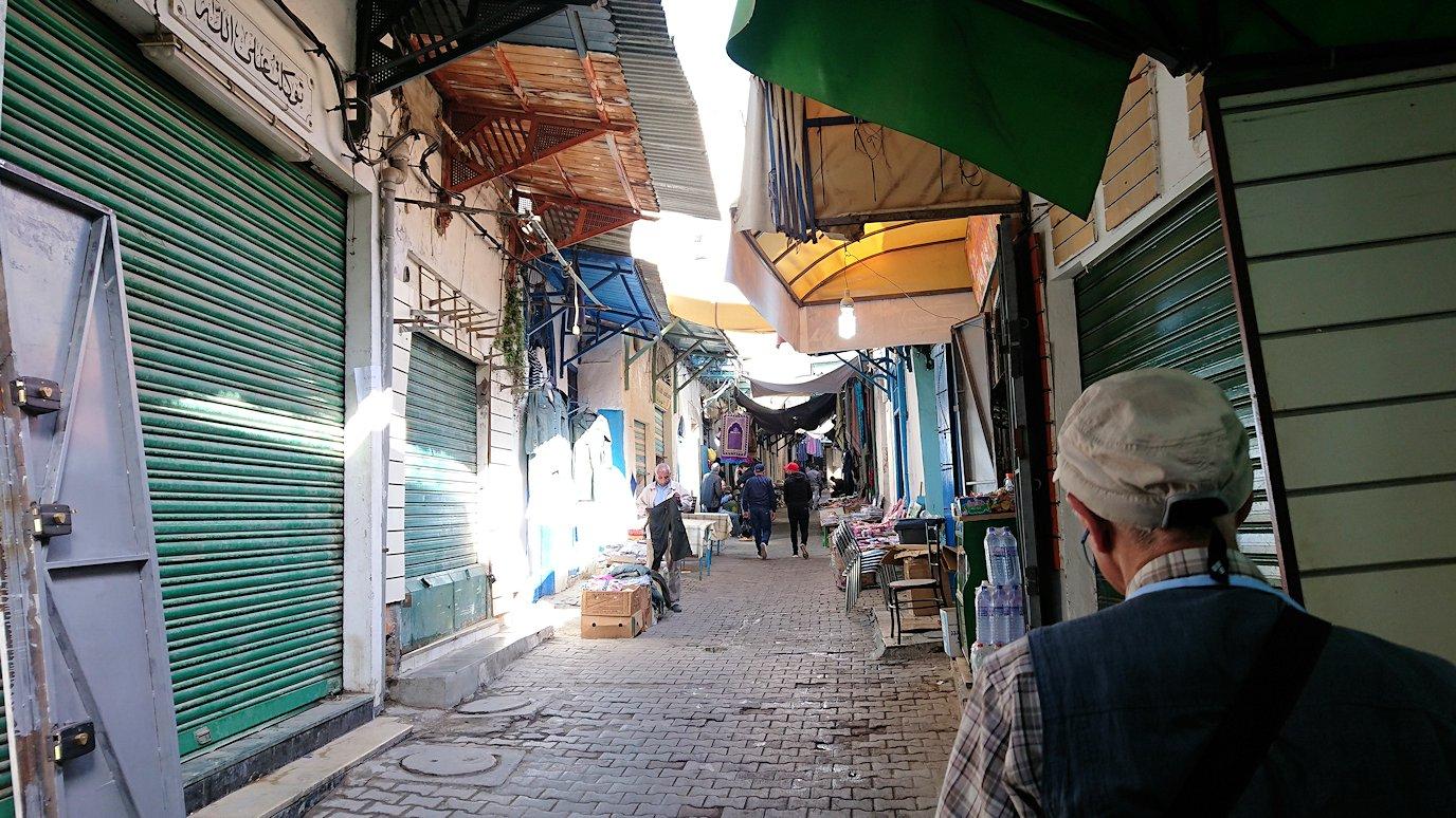 チュニジア:チュニスのメディナ自由時間に散策8