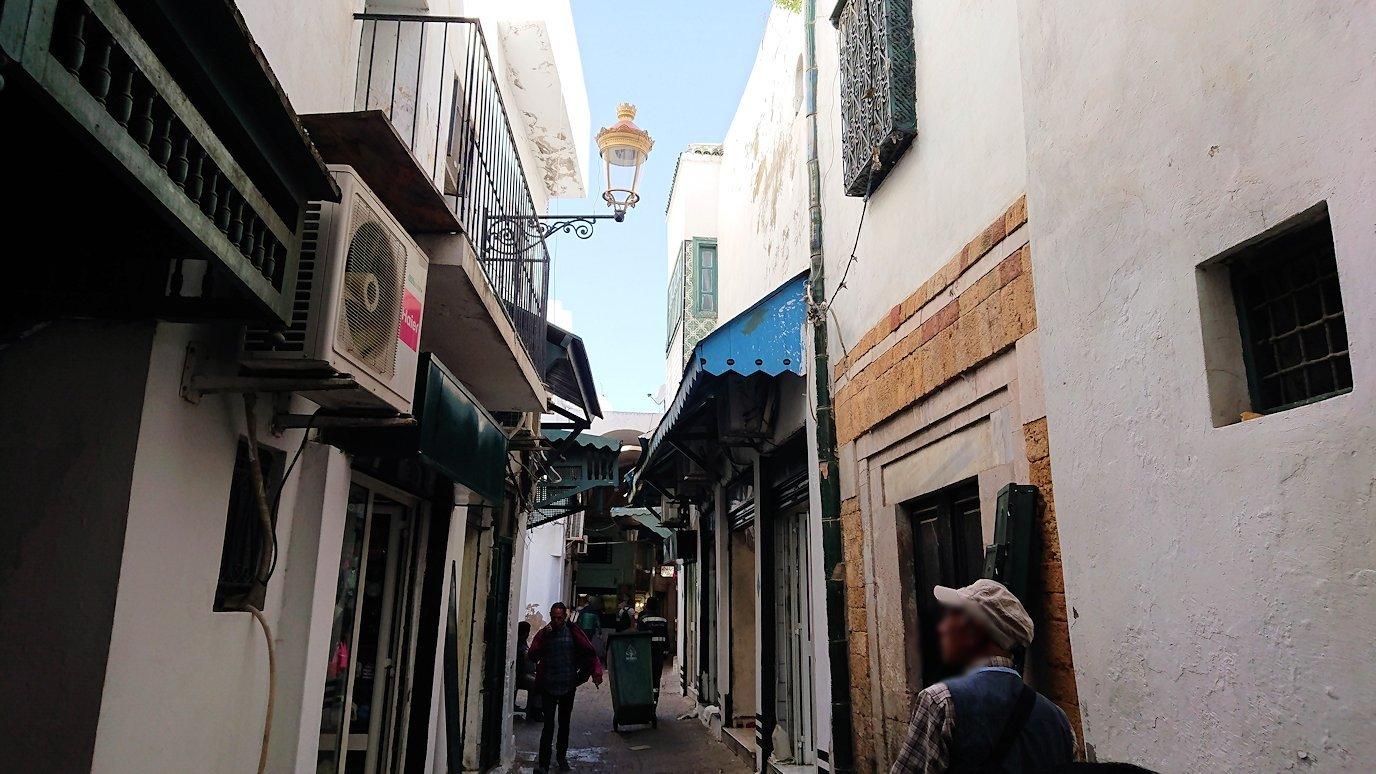 チュニジア:チュニスのメディナ自由時間に散策9