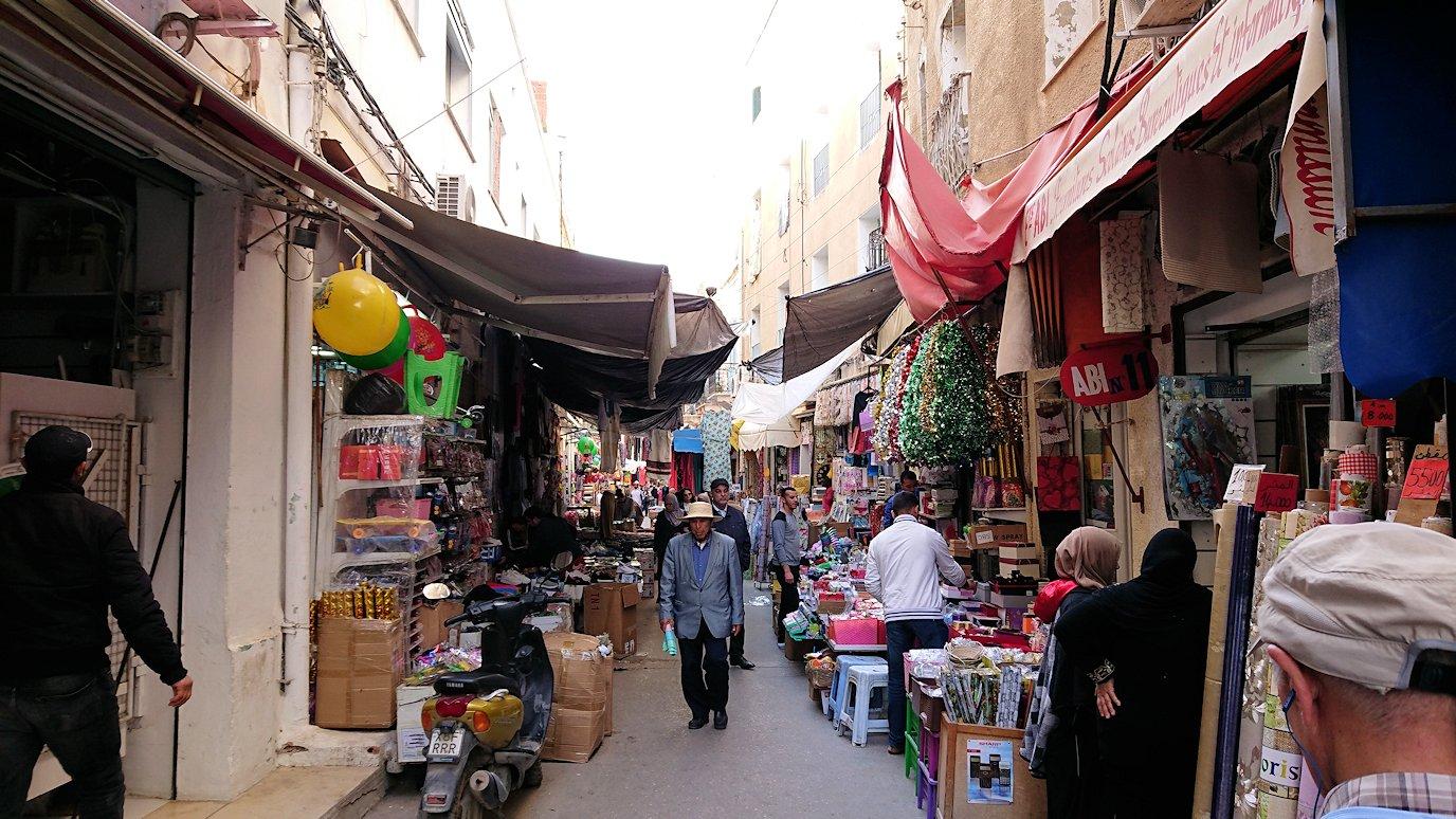 チュニジア:チュニスのメディナを歩き回る8