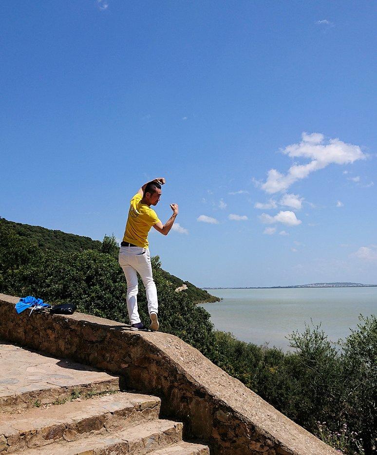 チュニジア:イシュケウル国立公園でくつろぐ
