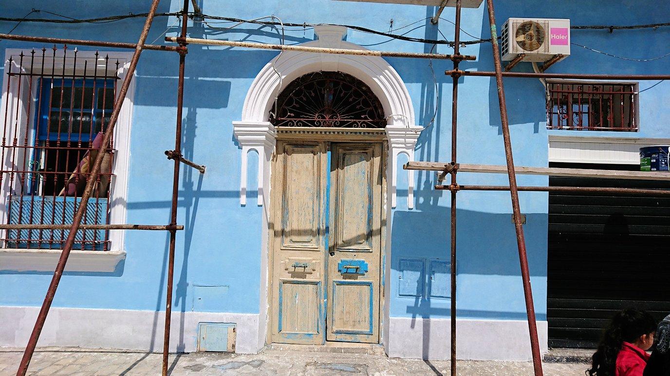 チュニジア:ビゼルトの街を歩いていく3