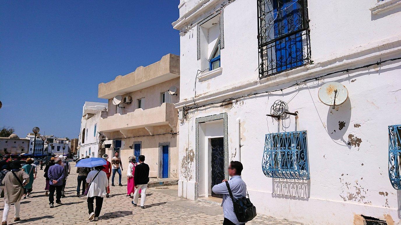 チュニジア:ビゼルトの街を歩いていく5