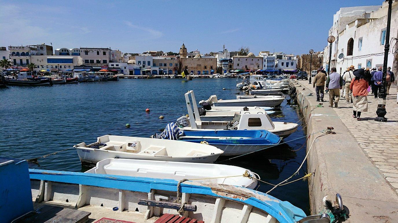 チュニジア:ビゼルトの街を歩いていく6