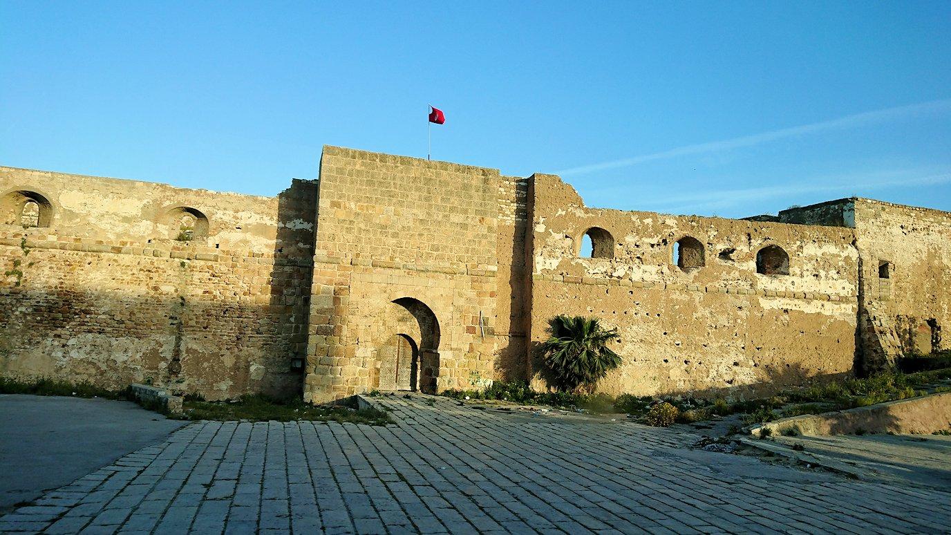 チュニジア:シディ・ブ・サイドから夕食レストランに向かう2