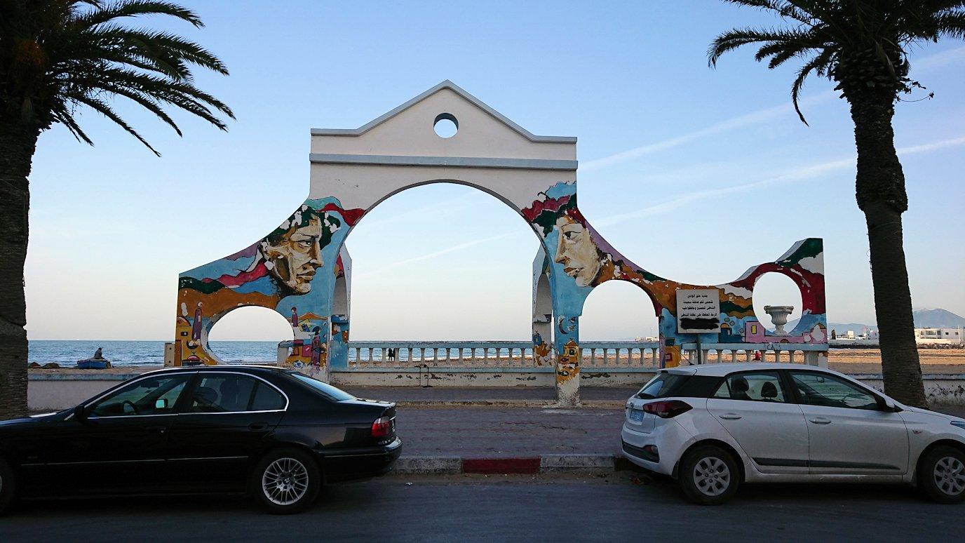 チュニジア:シディ・ブ・サイドから夕食レストランに向かう6