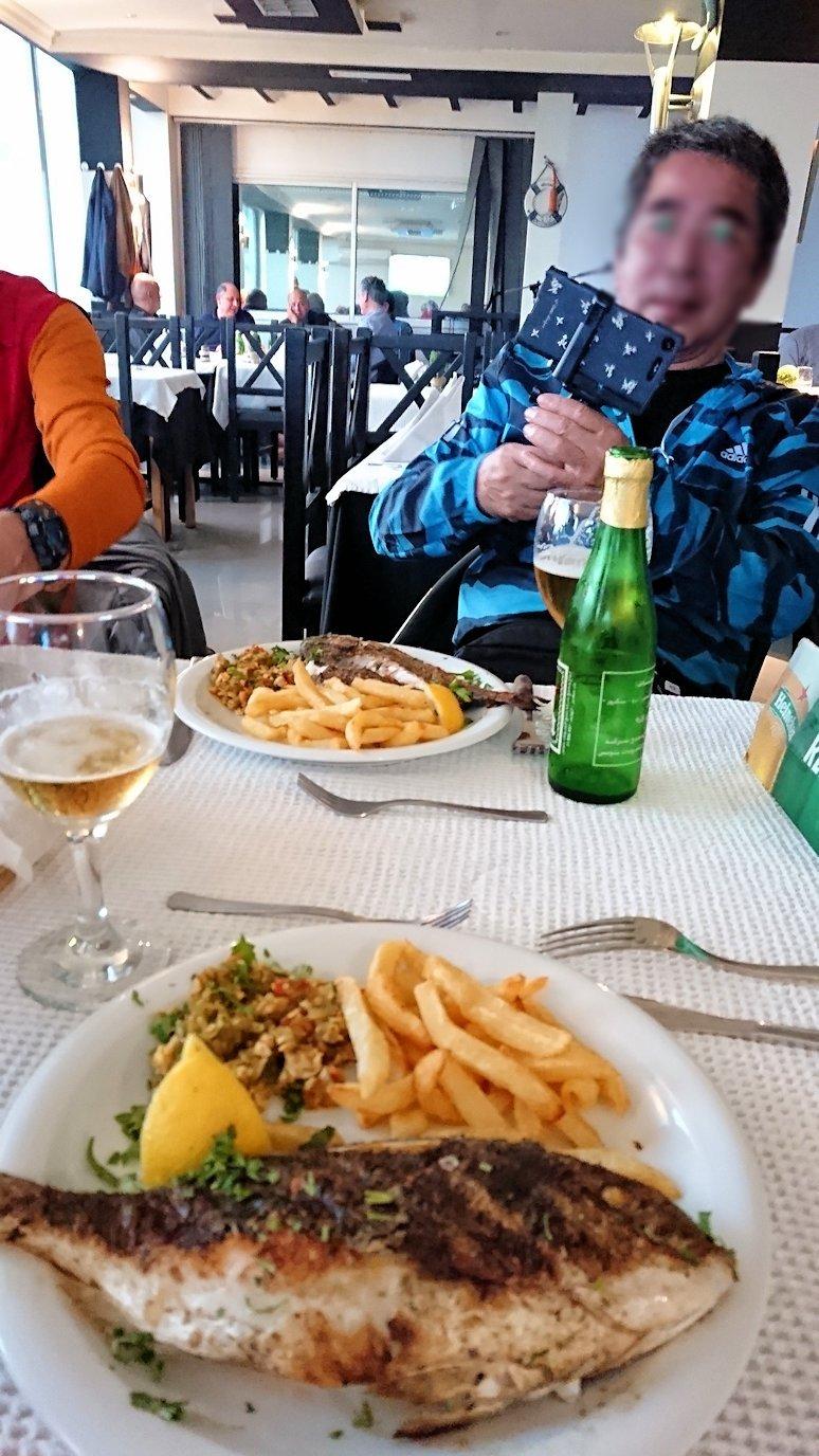 チュニジア:ラ・グレットにあるレストランで最後の晩餐を頂く2