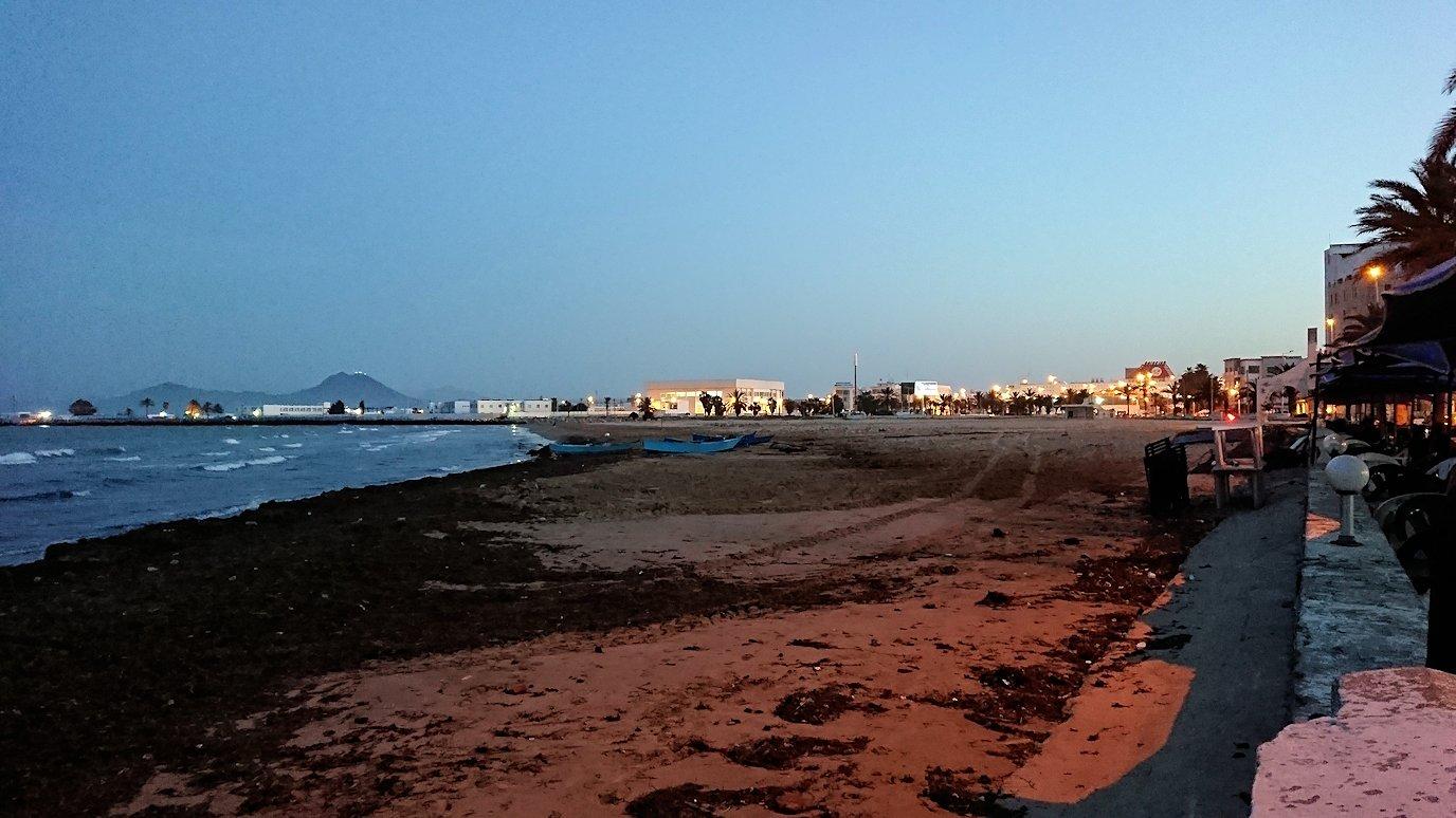 チュニジア:ラ・グレットにあるレストラン付近の景色2