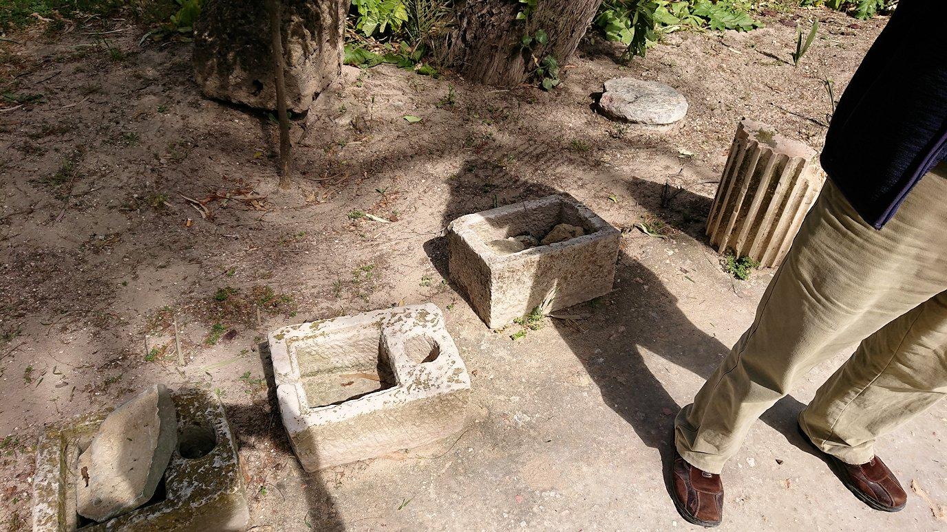 チュニジア:カルタゴ遺跡のアントニヌスの共同浴場へ入ります1